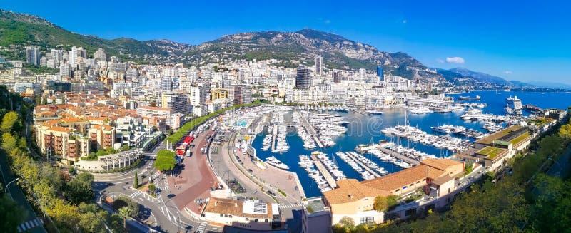 Visión panorámica aérea sobre la ciudad de Mónaco fotos de archivo