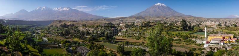 Visión panorámica desde el Mirador de Yanahuara, Arequipa, Perú fotos de archivo libres de regalías