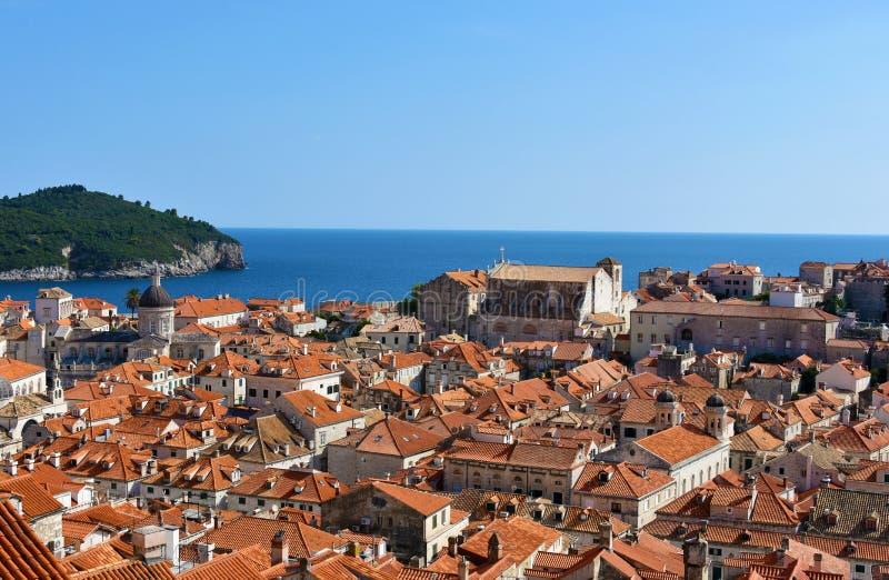 Visión panorámica Dubrovnik y Lokrum fotografía de archivo libre de regalías