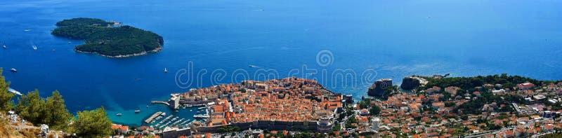 Visión panorámica Dubrovnik y Lokrum fotografía de archivo