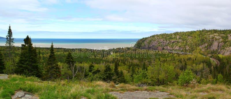 Visión panorámica: El lago Superior hermoso en Ontario/Canadá fotos de archivo libres de regalías