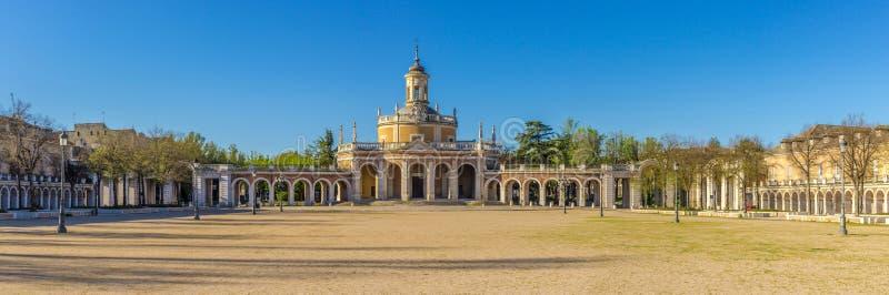 Visión panorámica en la iglesia San Antonio de Aranjuez fotos de archivo