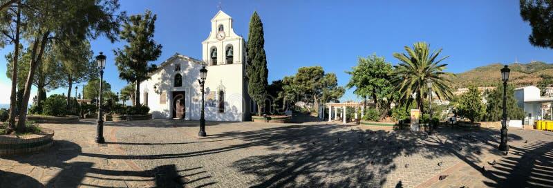 Visión panorámica sobre el pueblo de Benalmadena, Málaga, España imágenes de archivo libres de regalías
