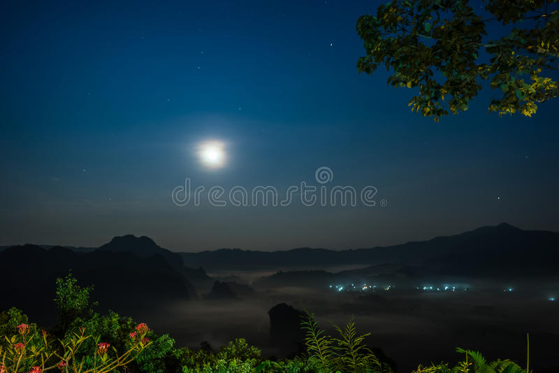 Visión rural en la medianoche fotos de archivo