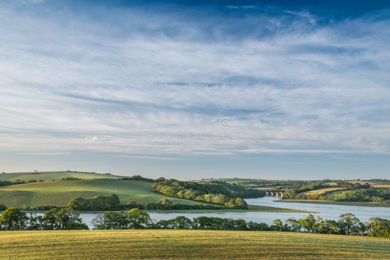 Visión sobre el viaducto de Notter, río Lynher, Cornualles del sur fotografía de archivo