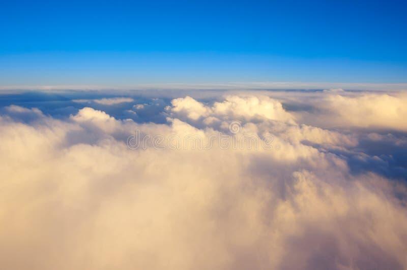 Visión sobre las nubes foto de archivo libre de regalías