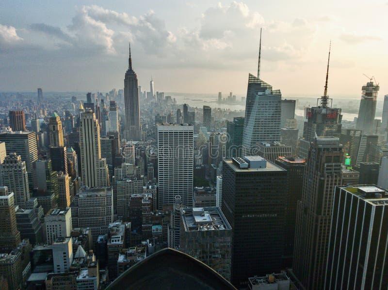 Visión sobre Manhattan del centro de Rockefeller fotos de archivo