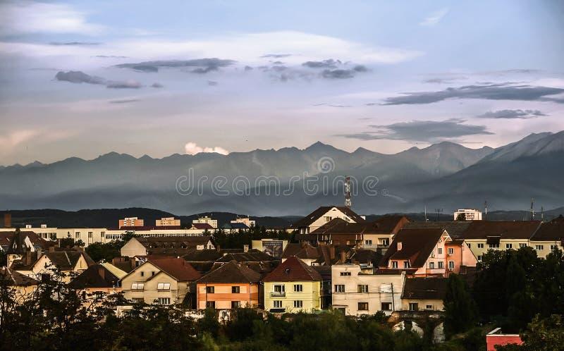 Visión sobre Sibiu, Rumania imagen de archivo