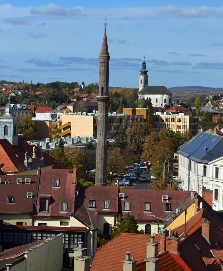 Visión a través de los tejados Eger Hungría imagen de archivo libre de regalías