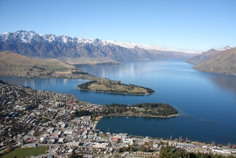 Visión a través de Queenstown Nueva Zelandia imágenes de archivo libres de regalías