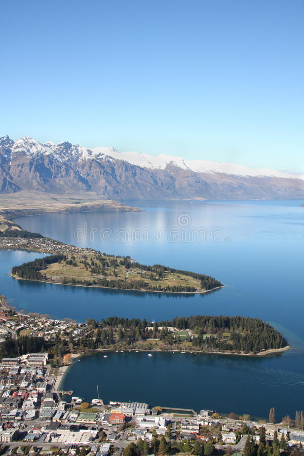 Visión a través de Queenstown Nueva Zelandia imagen de archivo libre de regalías