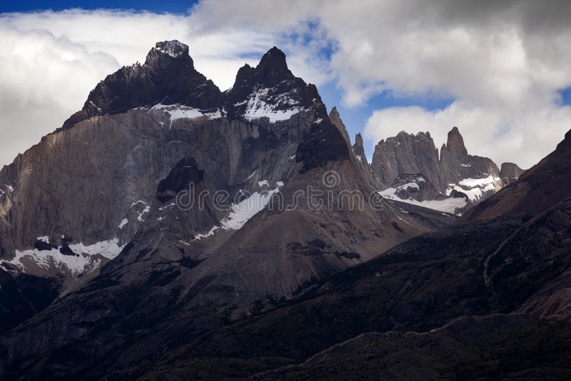 Visibilité directe Cuernos, parc national de Las Torres, Chili images stock