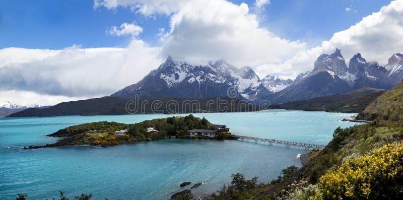 Visibilité directe Cuernos, parc national de Las Torres, Chili photos stock