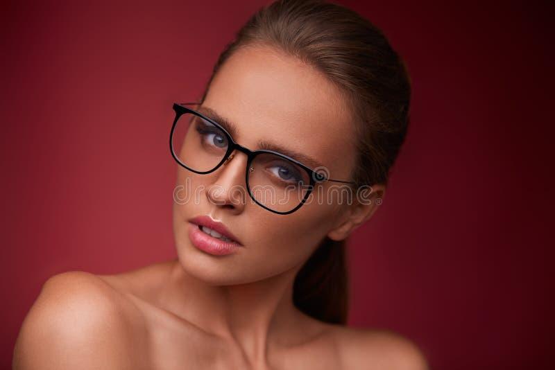 Visiecorrectie, optische winkel, het concept van de glazenopslag royalty-vrije stock afbeeldingen