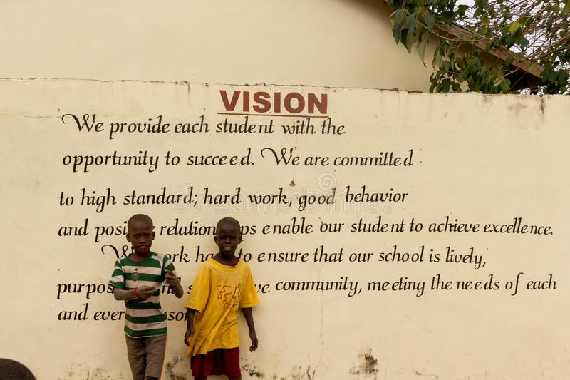 Vision der Schule in Gambia lizenzfreies stockfoto