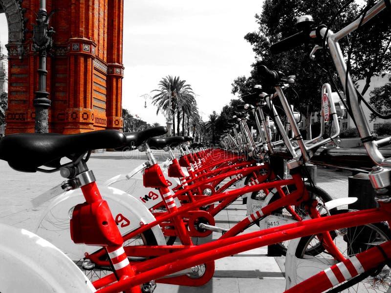 Visita de uma cidade maravilhosa, cosmopolita, Barcelona fotos de stock royalty free