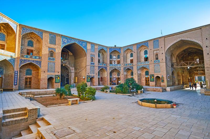 Visita Ganjali Khan Caravanserai, Kermán, Irán foto de archivo