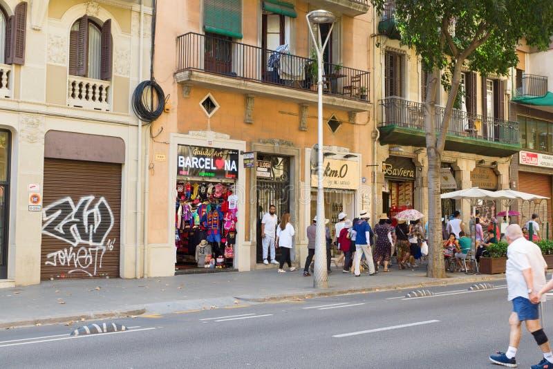 Visita a la ciudad de Barcelona imagenes de archivo