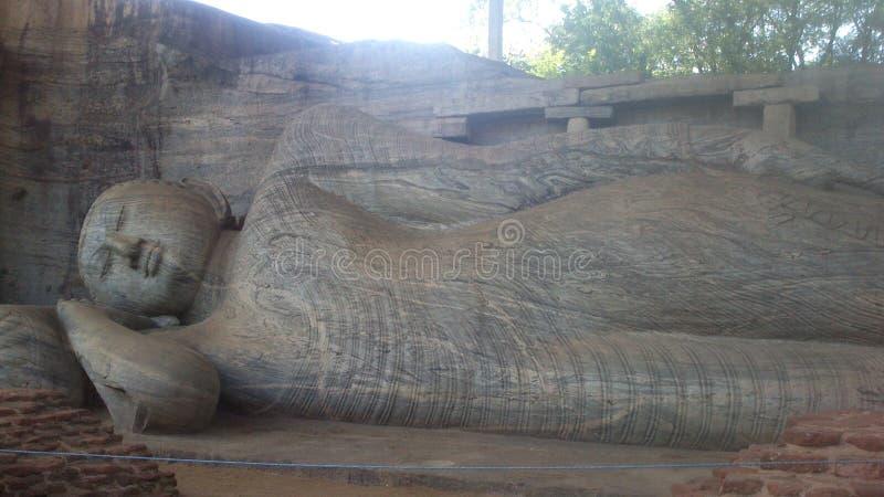 Visita religiosa Anuradhapura Sri Lanka de Budhism foto de archivo