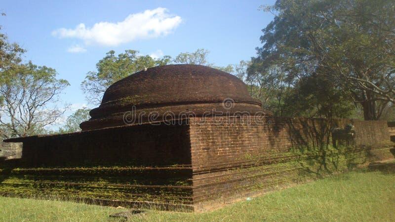 Visita religiosa Anuradhapura Sri Lanka de Budhism imágenes de archivo libres de regalías