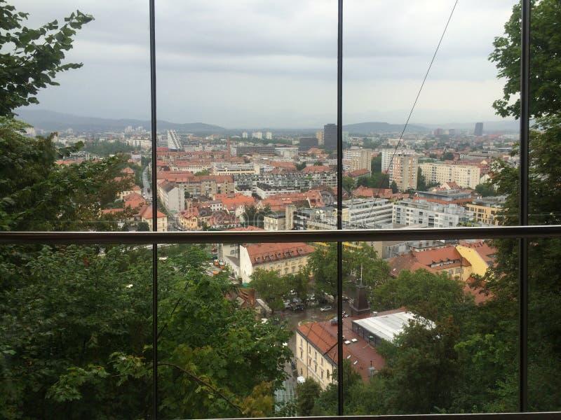 Visita turística de excursión en Eslovenia fotografía de archivo libre de regalías