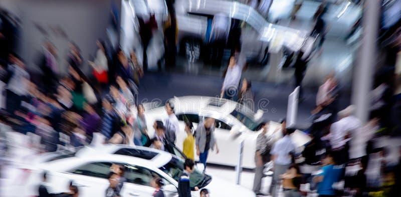 Visitantes chinos del lanzamiento del enfoque al auto de Guangzhou fotos de archivo