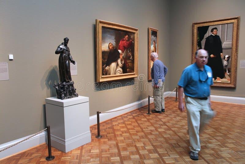 Visitantes da galeria de arte foto de stock royalty free