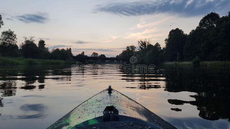 Visite de kayak image libre de droits