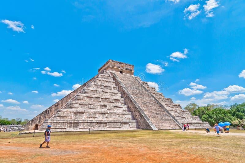 Visite de touristes Chichen Itza - Yucatan, Mexique photo libre de droits