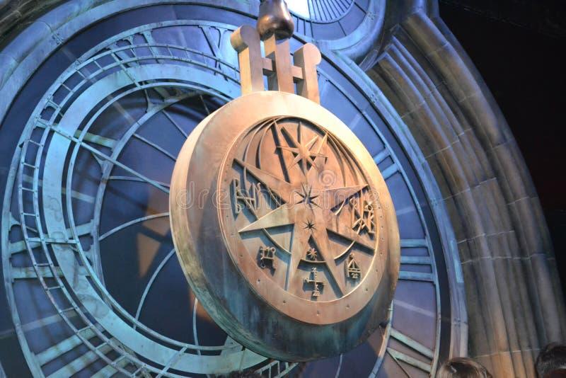 VISITE Leavesden Londres de POTIER de WARNER HARRY de PENDULE d'HORLOGE photographie stock
