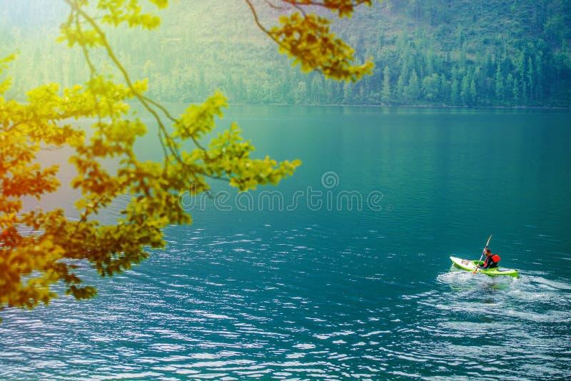 Visite scénique de kayak images libres de droits