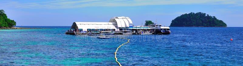 Visite vers la belle île tropicale photos libres de droits