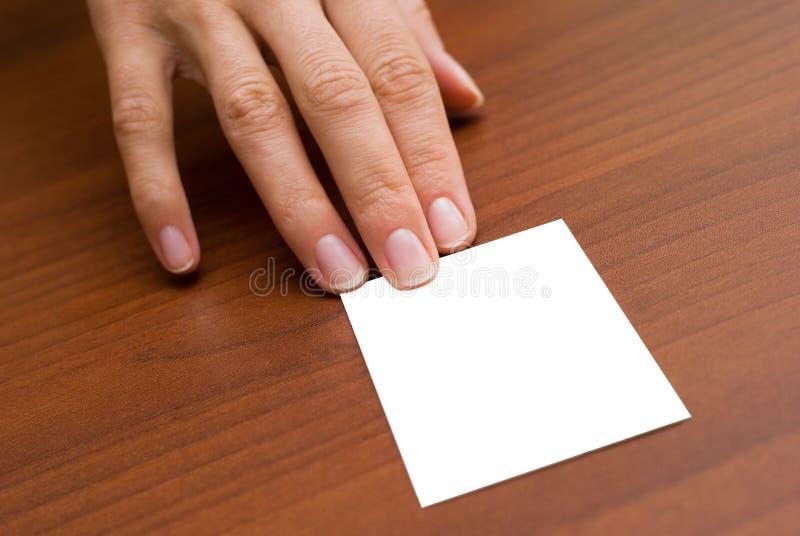 Visitenkarte auf dem Schreibtisch stockfotos