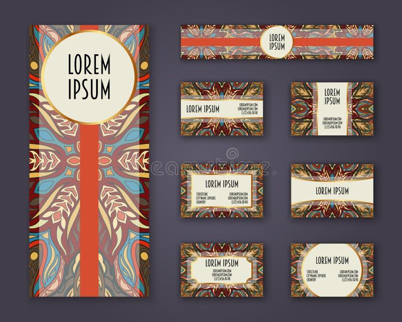 Visitenkarten, Einladungen und Fahnenschablonensatz Ethnisches Mandalamuster und -verzierungen in boho Art stock abbildung