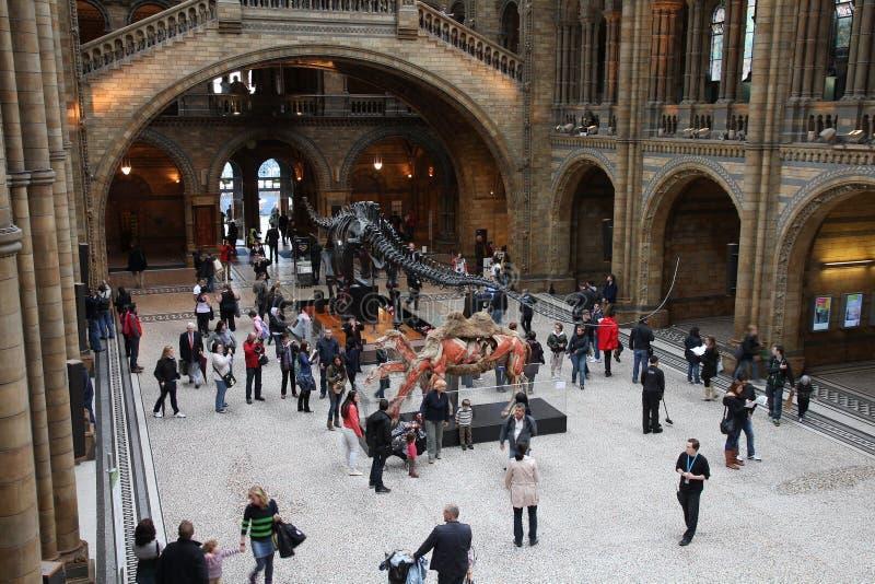 Visiteurs de musée à Londres photographie stock