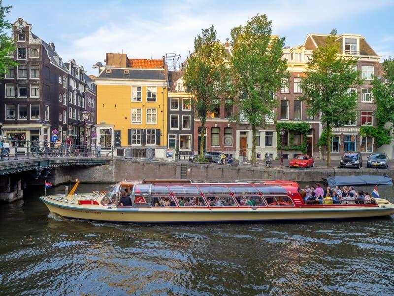 Visiti la barca a Amsterdam immagine stock