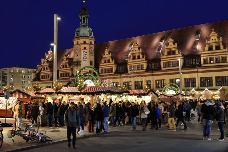 Visitors crowded Christmas market in Leipzig stock photos
