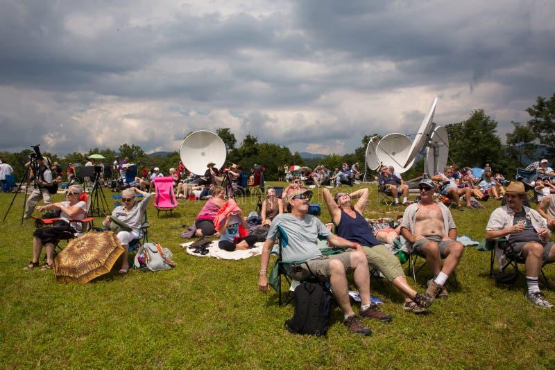 Visores do eclipse solar imagem de stock