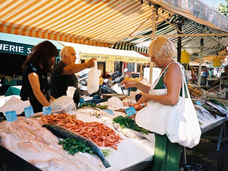 Vissen marcet in Nice (Frankrijk) stock fotografie