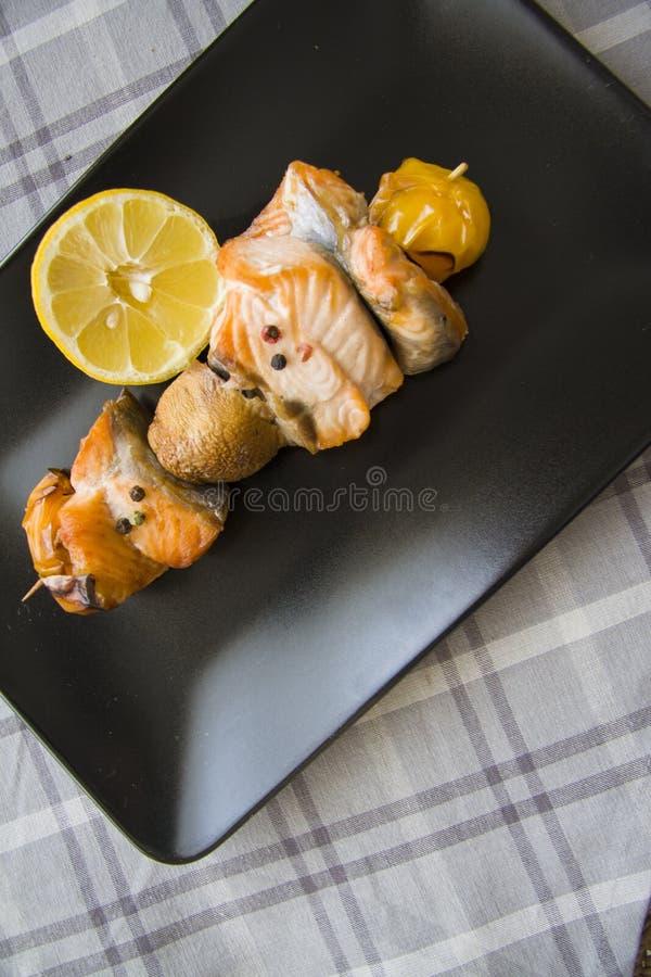 Vissen shishkabob stock afbeelding