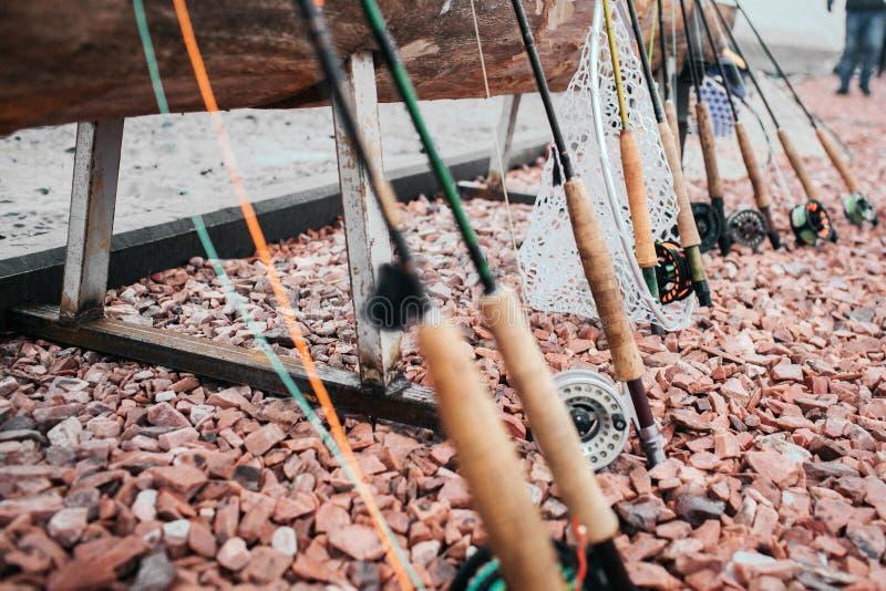 Visserij Close-up van een vissenhaak die wordt gesloten stock afbeelding