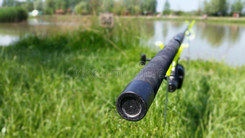 Visserij in het meer royalty-vrije stock foto