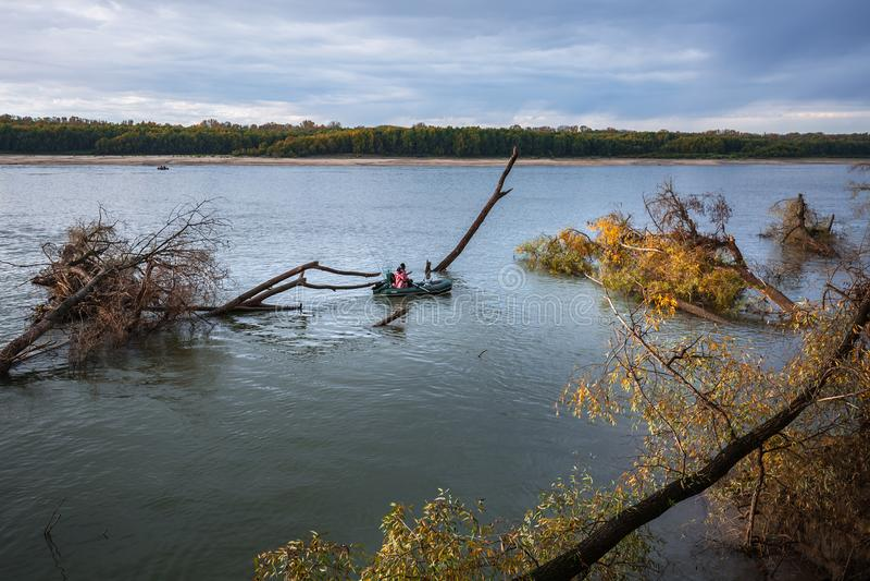 Visserij op de Ob-rivier Westelijk Siberië royalty-vrije stock afbeeldingen