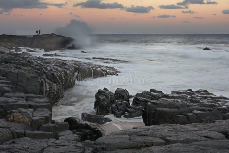 Vissers op het Strand van Sheffield bij Zonsondergang 1 royalty-vrije stock foto's