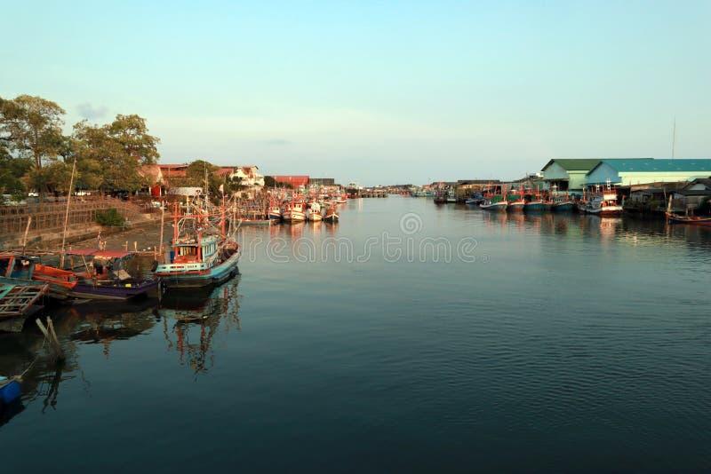 Vissersbootpark stock fotografie