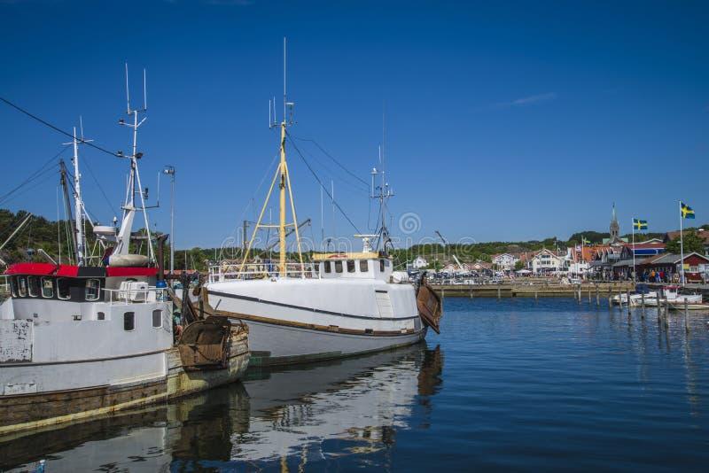 Vissersboten bij de pijler stock foto