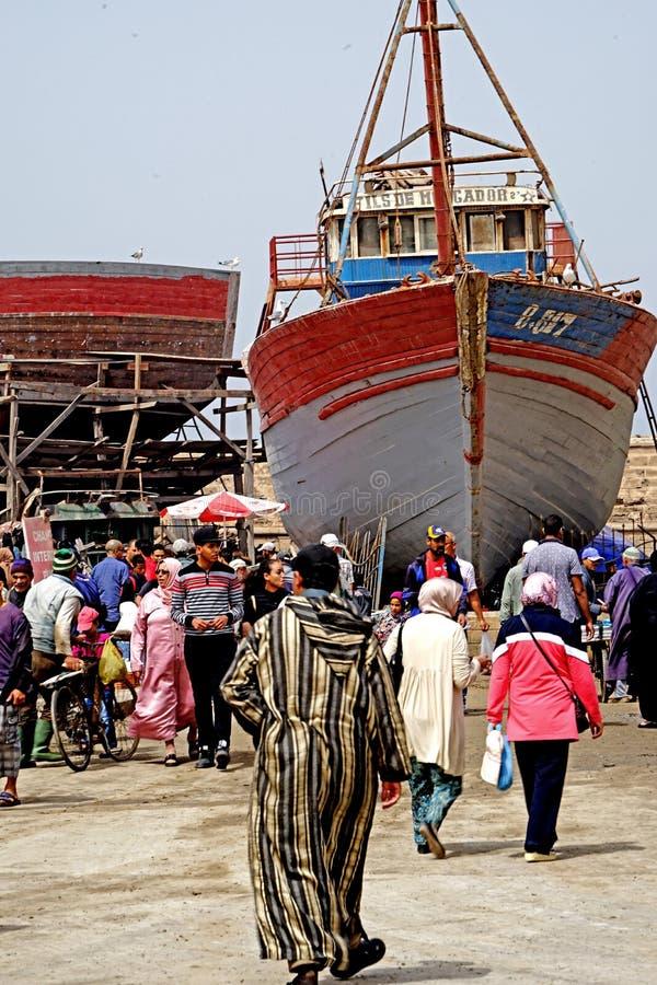 Vissersboten in de haven van Essaouira royalty-vrije stock afbeeldingen