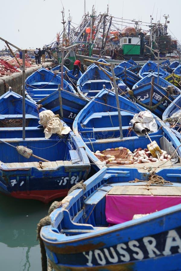 Vissersboten in de haven van Essaouira royalty-vrije stock foto
