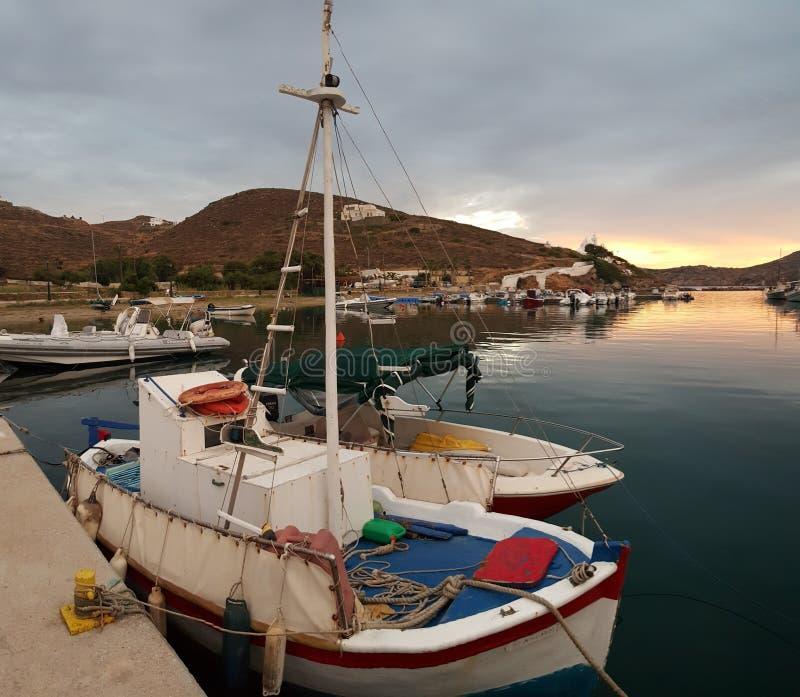 Vissersboten in Griekenland royalty-vrije stock foto