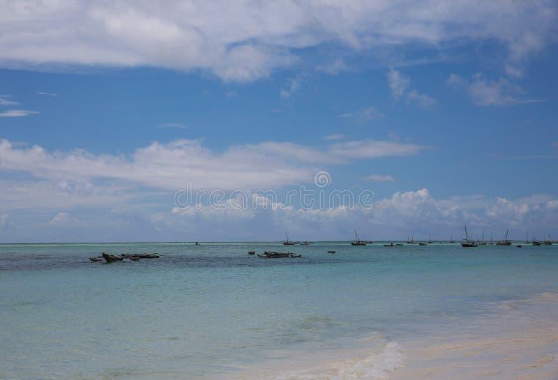 Vissersboten op Zanzibar royalty-vrije stock afbeelding